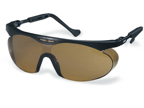 Купить Очки Uvex Скайпер 9195 коричневые для водителей