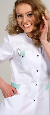 Медицинский костюм 697-140 белый с зеленым. Уменьшенная фотография.